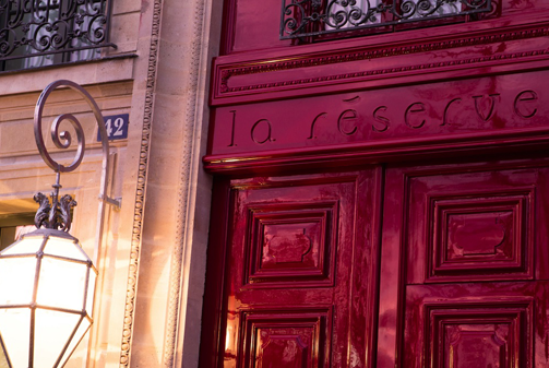 La-Reserve-Paris-Hotel-entree-1