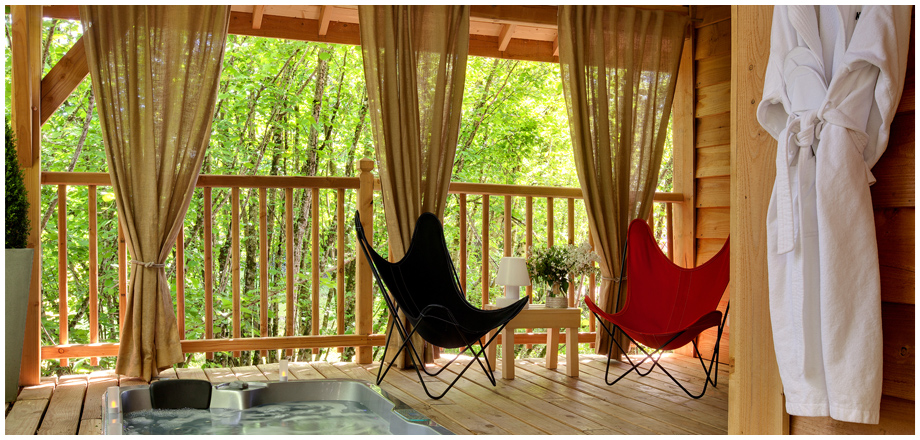 hotelcloud cypr s si haut. Black Bedroom Furniture Sets. Home Design Ideas